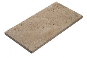 トラバーチン(トルコ)トラバーチンは、トルコで採石されています。大理石の一種で、敷き材として古代ローマ時代から使用されています。